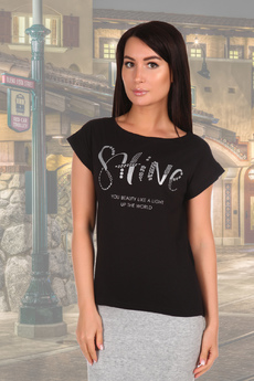 Черная женская футболка с надписями Натали